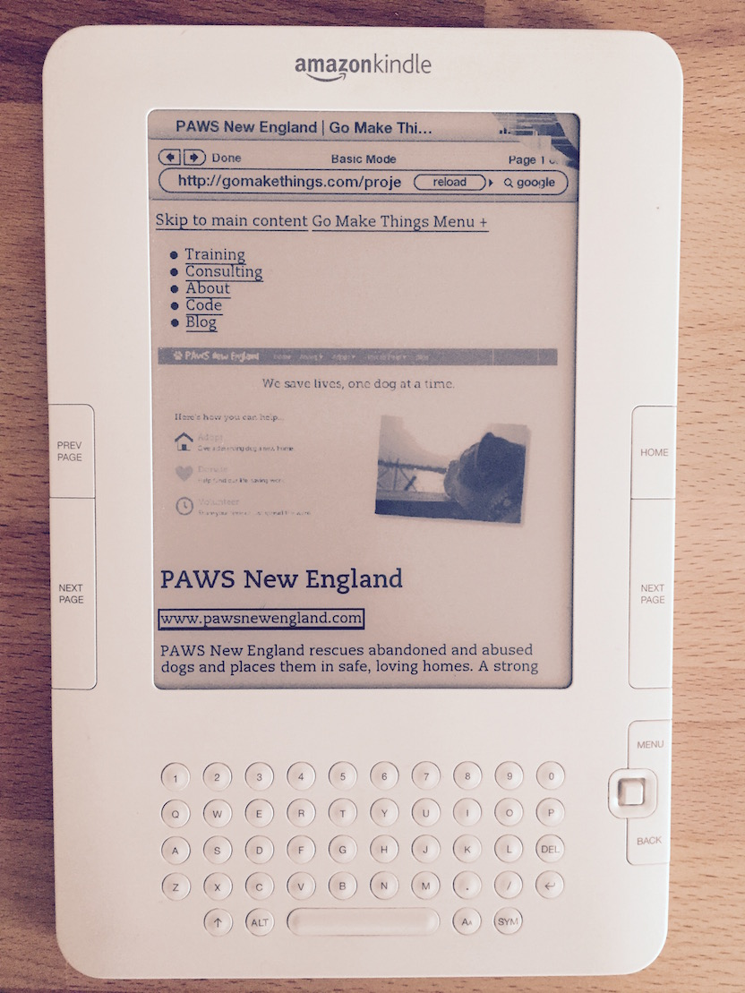 A photo of the e-ink Kindle web browser rendering images